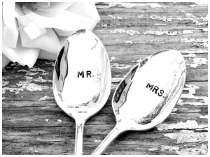 Two spoons with Mr and Mrs written on